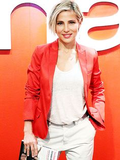 White jeans or khakis with white tee or shirt tucked in and contrast belt and?        Star Tracks: Friday, June 6, 2014   HAVING A 'FIT'   Elsa Pataky, who gave birth to twins less than three months ago (hubby is Chris Hemsworth) looks like she's back in fighting form while attending a photo call for her Spanish fitness book, Intensidad Max, on Thursday in Madrid.