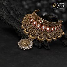 Pearl Necklace Designs, Jewelry Design Earrings, Gold Jewelry, Antique Necklace, Dainty Jewelry, Ethnic Jewelry, Statement Jewelry, Indian Jewelry, Pendant Jewelry