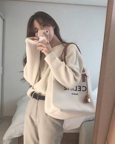 Korean Girl Fashion, Ulzzang Fashion, Korean Street Fashion, Asian Fashion, Look Fashion, Korean Casual Outfits, Korean Outfit Street Styles, Cute Casual Outfits, Pretty Outfits