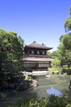 ginnkakuji temple with moon