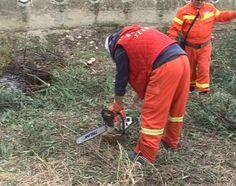 San Cataldo, forestali  puliscono canale di scolo a rischio alluvioni. Proteste a Palermo , Messina, Catania ed Enna: la Regione non ha mantenuto gli impegni<span class='video_title_tag'> -Video</span>