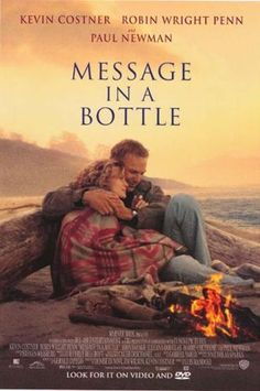 Message in a Bottle is a 1999 American romantic drama film directed by Luis Mandoki. Based on a novel with the same name by Nicholas Sparks, the film stars Kevin Costner, Robin Wright Penn, and Paul Newman. Robin Wright, Kevin Costner, Beau Film, Film Gif, Film Movie, Ewan Mcgregor, Office Film, Box Office, Nicholas Sparks Novels
