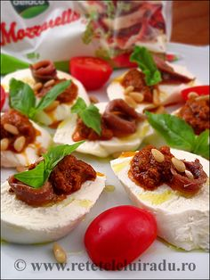 Mozzarella, red pesto & anchovy