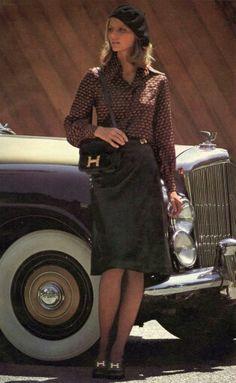 US Harper's Bazaar November 1974 Model Cheryl Tiegs 1974 Fashion, Seventies Fashion, Vintage Style Outfits, Vintage Fashion, Cheryl Tiegs, Online Shopping Shoes, Fashion History, Autumn Fashion, Fashion Photography