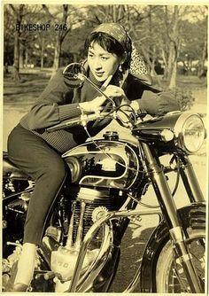 Kishi Keiko (岸恵子) 1932-, Japanese Actress