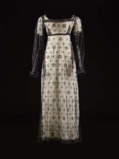 Dress ca. 1810-20 From National Museums Scotland