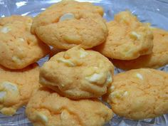 Orange Creamsicle Cookies - These taste just like an orange creamsicle Ice pop. These are a huge crowd pleaser and are simple to make. #recipe  http://www.shespeaks.com/Orange-Creamsicle-Cookies-Recipe?categoryId=70224#