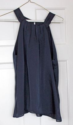 abc469814de23 Sleeve Navy Dress Top Halter Look But Solid Button Back Violet   Claire NWT  Med  VioletClaire  Halter  Clubwear
