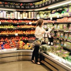 Ever find yourself dragging your feet in the grocery aisles and staring blankly at the vast selection of goodies? What about tossing leftover ingredients because all you needed was just a handful of ______ for one recipe or because you're only… Shopping List Grocery, Meals For One, Food Hacks, Food And Drink, Healthy Recipes, Cooking, Simple, Tips, Grocery Checklist