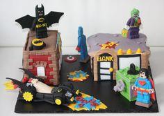 Lego Batman & Superheroes cake....impresionante!