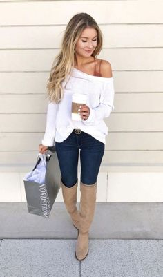 6 Fabulous Outfits for Women Over 40 - c o u r t - Damenbekleidung Cute Fall Outfits, Girly Outfits, Mode Outfits, Fall Winter Outfits, Spring Outfits, Casual Outfits, Sweater Outfits, Winter Wear, Outfits With Dark Jeans