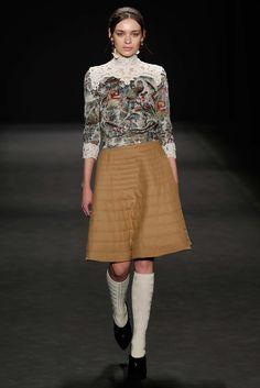 Vivienne Tam Fall 2015 Ready-to-Wear Fashion Show