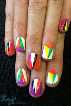 GEOMETRIC NAIL DESIGNS: MODERN ART PYRAMIDS IN YELLOW, WHITE, PURPLE, GREEN & BLACK. Spring has sprung. This really only works on short to mid-length nails so this is a yay-yippy! for those who can't grow your nails long.