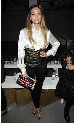 Zara Martin, veryfirstto.com Luxforecast Connoisseur,at London Fashion Week. Image via corlette.com
