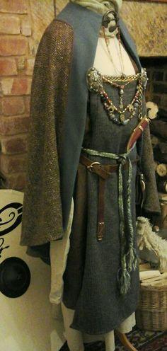Wool linen hangerock