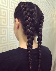 53 Box Braids Hairstyles That Rock - Hairstyles Trends Shaved Side Hairstyles, Cool Braid Hairstyles, Spring Hairstyles, Hairstyles For School, Emo Hairstyles, Updo Hairstyle, Medium Hairstyles, Wedding Hairstyles, Braids With Shaved Sides