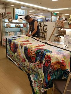 I knew the work of Danny Amazonas while surfing on the net. I was attracted at first sight because of the bright colors and the beautiful fabrics he uses. As I was not able to get any piece of info…