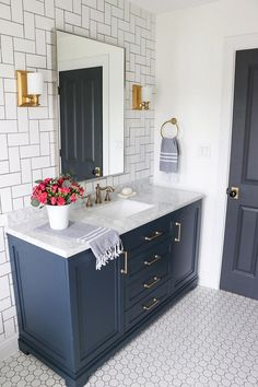 A Colorful Oasis Bathroom Makeover Sara Davis of Sincerely Sara D wanted to transform her daughter's Navy Blue Bathrooms, Navy Bathroom, Double Sink Bathroom, Bathroom Sink Vanity, Bathroom Interior, Bathroom Marble, Painting Bathroom Cabinets, Bathroom Vanity Makeover, Condo Bathroom