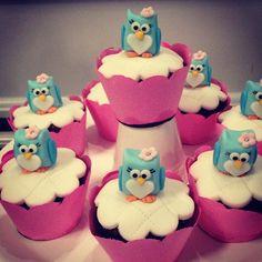Cupcakes decorados com pasta americana