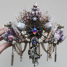 Coroas de sereia e outras peças fantásticas da Chelsea's Crowns and Creations   Dalila em Fúria