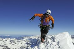 Ueli Steck - Running on top of the world! Sport Climbing, Rock Climbing, Eiger North Face, Monte Everest, Swiss Alps, Top Of The World, Mountaineering, Mountain Landscape, Climbers