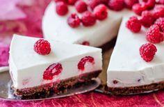 Raspberry Yogurt Cake by Csilla Zelko on Dessert Sans Gluten, Gluten Free Desserts, Cookie Desserts, Dessert Recipes, Yogurt Cake, Valentines Day Desserts, Chocolate Biscuits, Macaron, Baking Ingredients