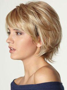 cut-woman-color short-blond-very natural-blouse-shoulder-fell-makeup-d . coupe-femme-court-couleur-blond-très-naturel-blouse-épaule-tombé-maquillage-d. cut-woman-color short-blond-very natural-blouse-shoulder-fell-makeup-to-day Short Hairstyles For Thick Hair, Short Hair With Layers, Short Hair Cuts For Women, Short Haircuts, Hair For Women Over 50, Long Hair, Short Hairstyles Fine, Thin Hair Styles For Women, Haircut Short