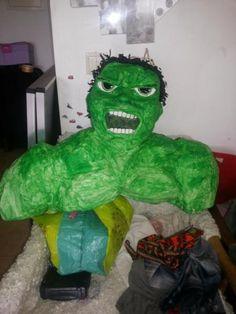 Halli hallo,Ich verkaufe selbstgemachte Piñatas, für Kinder und Erwachsene.Ab 25 Euro, nur Kopf.Ganze Körper ab 30 Euro bis...Ich brauche mindestens 7 Tagen fertig machen.Materiel, Papprmache, Kleber, Krepppapier, Farbe.Prinzessin ab 35 Euro. (Princesas)Pinata hat eine klappe damit kann die Süßigkeit und kleine Spielzeug rein tun.Versand ist möglich 7 Euro.(Hablo también español)