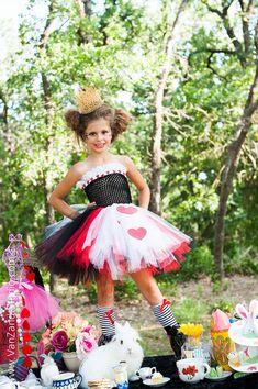 Queen of Hearts Tutu Dress - Alice in Wonderland tutu - size 6 to 8- queen of hearts tutu costume - crown not included