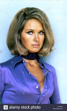 bound in satin blouse Wanda Ventham, Ufo Tv Series, Only Fools And Horses, Bond Girls, English Actresses, Satin Blouses, Celebs, Celebrities, Bellisima