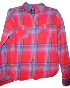 American Eagle Outfitters Button Down Shirt red plaid $14.50  #fashion #tradesy #style #ootd #womensfashion #newarrivals #streetstyle    www.tradesy.com