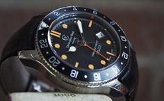VIDEO REVIEW: The Christopher Ward C60 Trident GMT, An Affordable And Authentic Automatic GMT — HODINKEE - Wristwatch News, Reviews, & Original Stories
