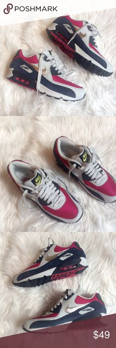 ❤️❤️ NIKE AIR MAX B9 Worn once no box   **bundles save 10%** no trades/no modeling/no asking for lowest Nike Shoes Athletic Shoes