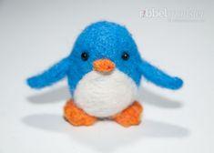 Einen Pinguin filzen ist mit dieser Anleitung zum Nadelfilzen ganz leicht. In verschiedenen Größen gefilzte Pinguine ergeben eine hübsche Pinguinfamilie. D