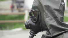 Hazmat Suit, Gas Masks, Rain Wear, Fasion, Cool Photos, Safety, Army, Military, Superhero