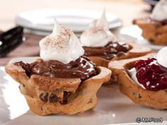 Try flipping your muffin tins over and using the bottoms to make edible cookie cups. What colorful, fun treats you can make by filling them with lots of different fillings! The combinations are endless.