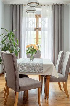 Jedáleň v sivej farbe.  #jedalen#zavesy#zaclona#obrus#stola Dining Bench, Dining Chairs, Velvet, Furniture, Home Decor, Asylum, Home Decor Accessories, Textiles, Interior