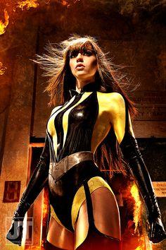 cosplay superheroine