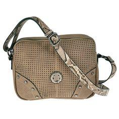 Bolso crossbody de pu con cierre cremallera y bolsillo trasero e interior.  Medidas: 25x20x7