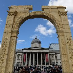 Syria's destroyed Palmyra Arch is being rebuilt in London (Wired UK) Palmyra, London Pictures, Trafalgar Square, Syria, Conservation, Restoration, Engineering, Louvre, Architecture