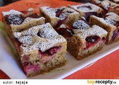 Ořechovo-krupičkový koláč se švestkami recept - TopRecepty.cz Sweet Cakes, Banana Bread, French Toast, Muffin, Food And Drink, Cooking Recipes, Treats, Baking, Fruit