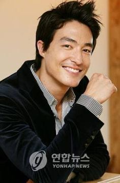 Such a cutie <3 <3 <3 <3 <3 Smile alert <3 <3 <3 <3 <3 <3 Credit: Daniel Henney Vietname on Facebook <3