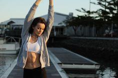 3 einfache Dehnübungen für Schultern und Arme
