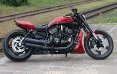 """Harley V-Rod """"RedRod"""" by Thunderbike"""