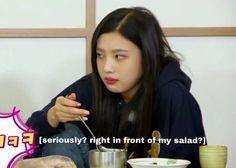 Kpop Girl Groups, Korean Girl Groups, Kpop Girls, Wendy Red Velvet, Red Velvet Joy, Ugly Faces, Blackpink Memes, Meme Faces, Aesthetic Photo