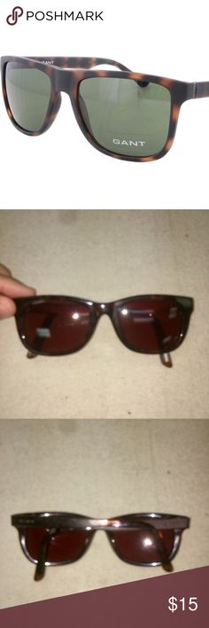 GANT 7020 MTO sunglasses GANT classic tortoise style brown sunglasses, dark Havana brown. Style number is GS 7020 MTO. Retails for 39.99. Feel free to send offers. Minor wear from being on desk. Staple piece to have. Unisex. Gant Accessories Sunglasses