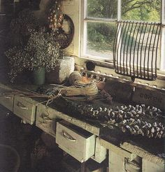 Potting Bench by Knitty, Vintage and Rosy, via Flickr