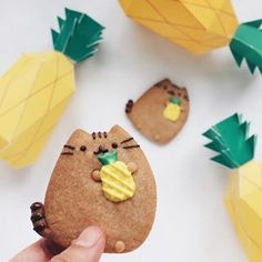 Feeling summery~☀For more adorable cookies, follow @elleventy! #regram
