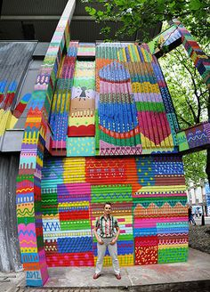 Kashink's multicoloured psychedelic style photo: global street art