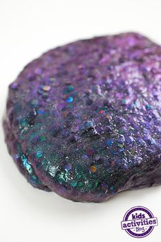 Dragon scale slime is one of our favorite homemade slime recipes. Kids will love creating this colorful and unique slime. The pieces of glitter come together with chameleon-colored powder to create this gorgeous slime that looks just like dragon scales. Dragon Birthday Parties, Dragon Party, Homemade Slime, Diy Slime, Slime Craft, Activities For Kids, Crafts For Kids, Kindergarten Activities, Birthday Activities